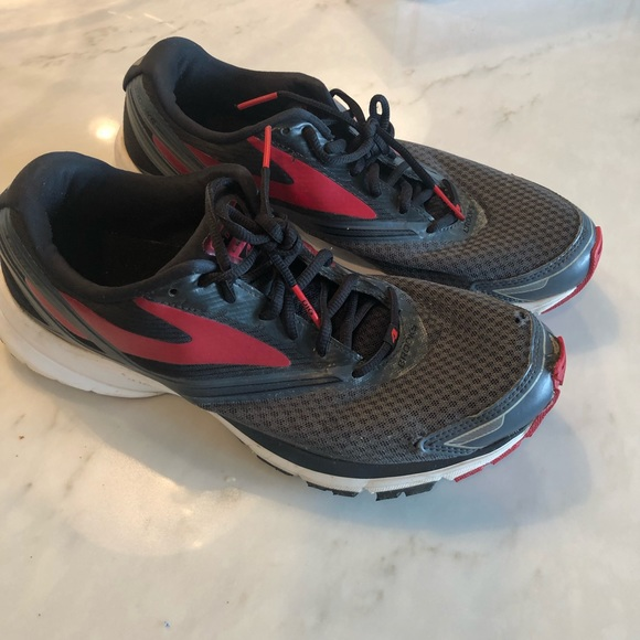 Brooks Other - Brooks Launch 4 | Size 10